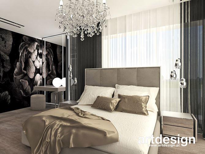Ciemna tapeta z kwiatowym motywem w sypialni