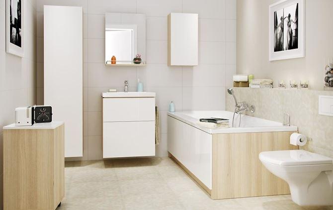 Aranżacja tradycyjnej łazienki w bieli i beżu