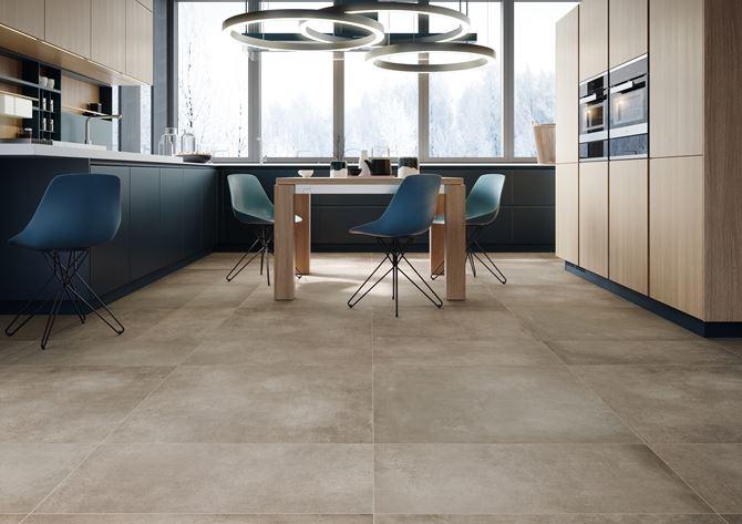 Kuchnia z płytkami z efektem betonu