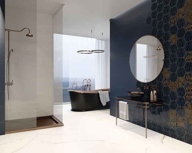 Łazienka w stylu glamour z płytkami heksagonalnymi