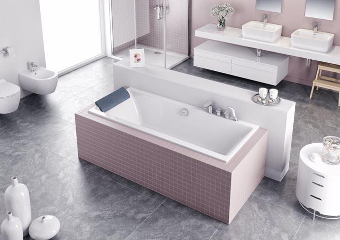 Różowo-szara łazienka z wanną Excellent Pryzmat
