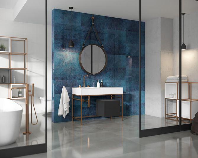 Aranżacja łazienki w stylu industrialnym w połączaniu z dekoracyjną ścianą
