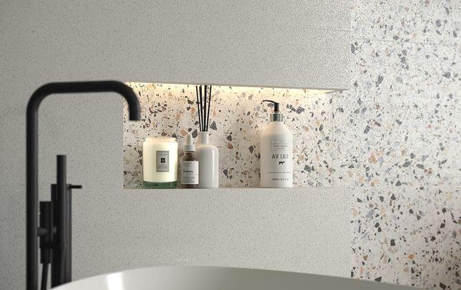 Kamienna ściana w łazience Cersanit Hika