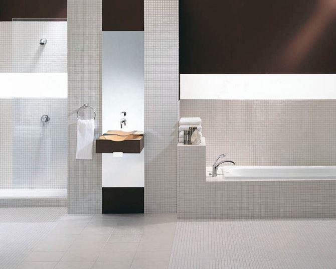 Aranżacja łazienki z białą mozaiką Paradyż Altea/Albir