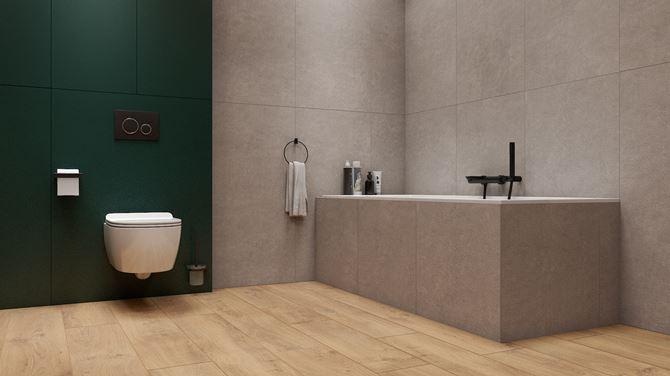 Szaro-zielona łazienka z podłogą w drewnie
