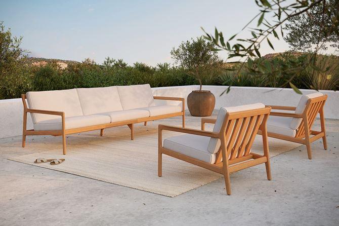 Domoteka_NAP_sofa trzyosobowa z drewna tekowego i fotele Jack Ethnicraft.jpg