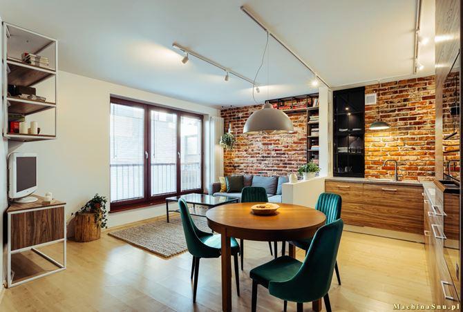 Kuchnia otwarta na loftowy salon - projekt Machina Snu