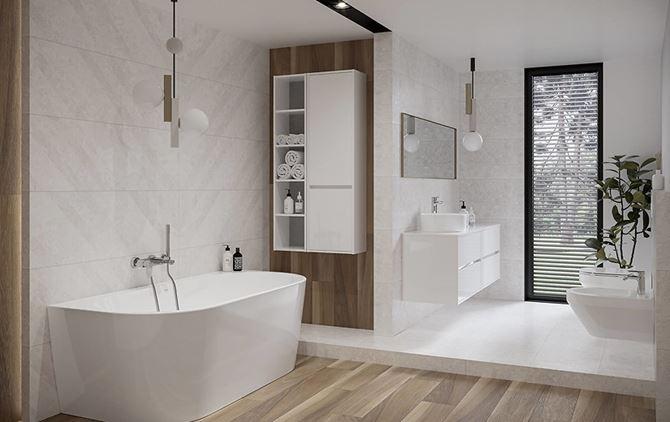 Biel i drewno w łazience z wanną przyścienną