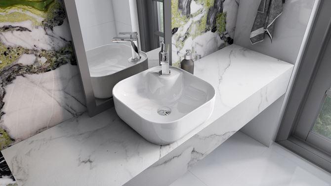 Umywalka nablatowa na marmurowym blacie