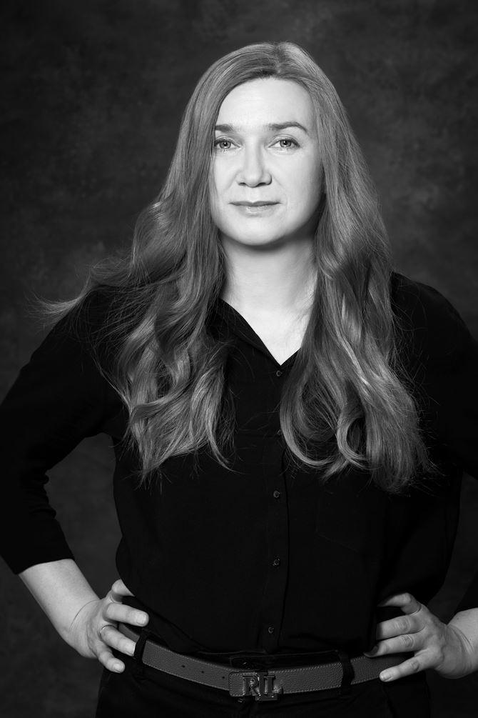 Katarzyna Malinowska, projektantka TU_Kolektyw, autorka kolekcji White Opal (1)-min.jpg