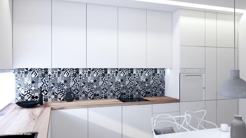 Biała zabudowa kuchenna z płytkami patchwork