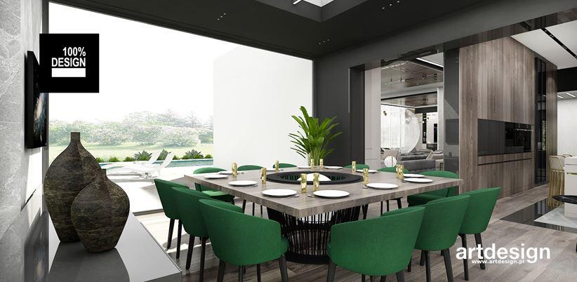 Elegancka jadalnia z kuchnią z widokiem z okna