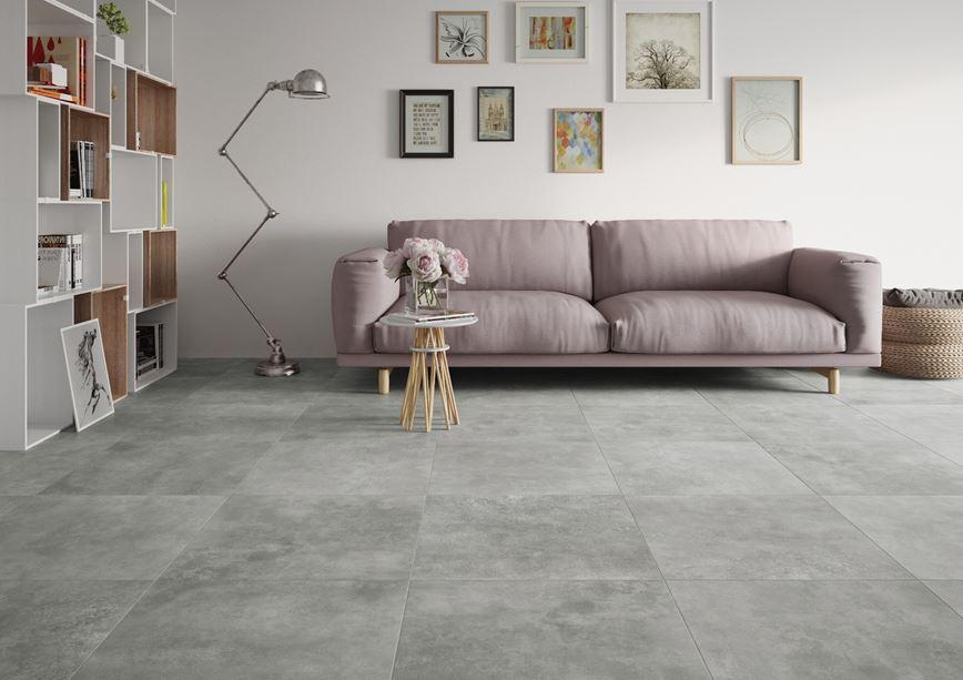 Romantyczny salon z szarą podłogą Apenino gris