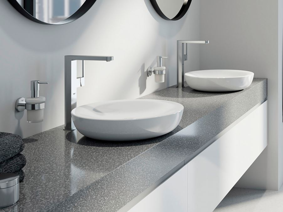 Strefa umywalkowa dla dwojga w nowoczesnej aranżacji