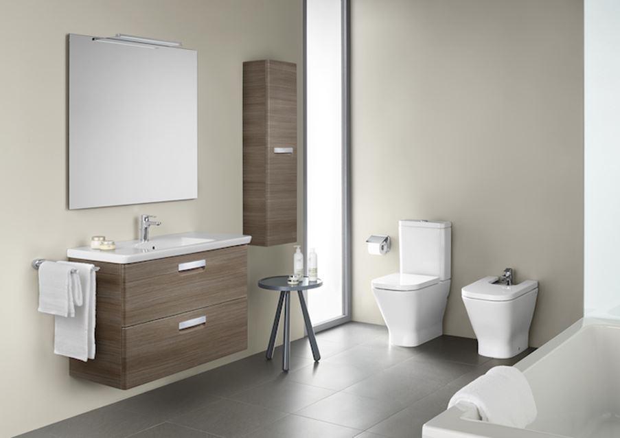Aranżacja łazienki z meblami i ceramiką Roca Gap