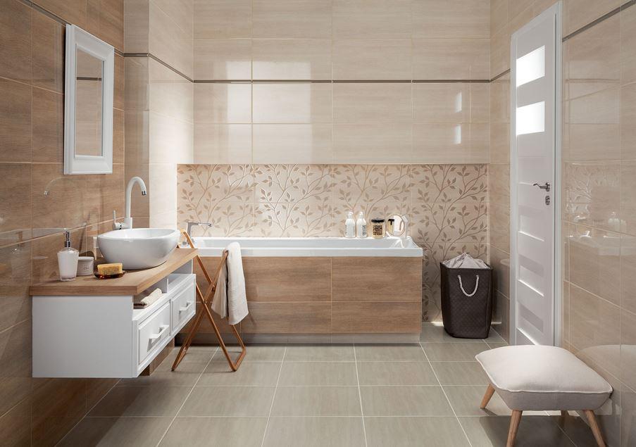 Beżowa łazienka z subtelnymi dekorami Domino Woodbrille Tree