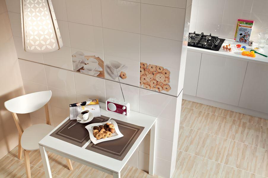 Jasna kuchnia z małą jadalnią Domino Biała Cup